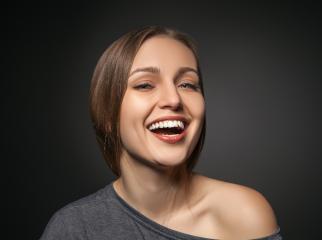 Dantų laminatės – jaunystės eliksyras, tik šiek tiek kitoje formoje